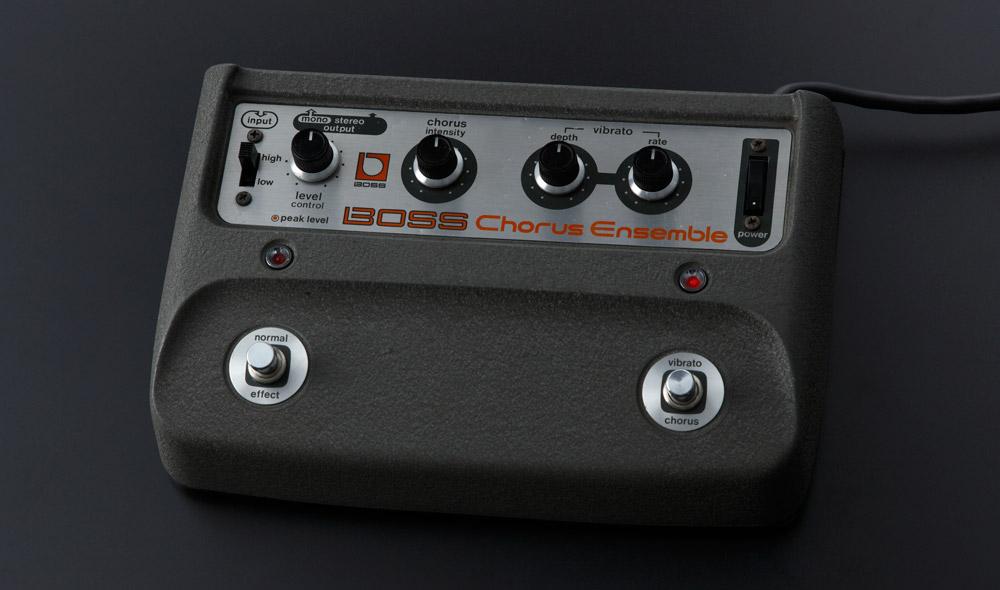 The CE-2W Chorus reproduces the CE-1 Chorus Ensemble sound